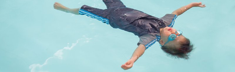Kleding zwemmen 280x900 pix.jpg
