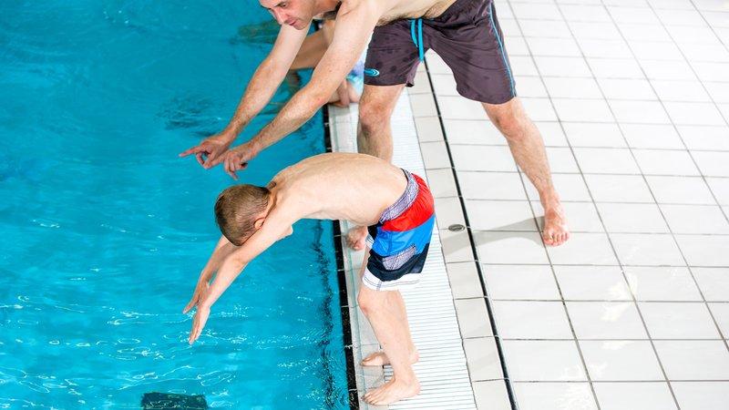 Zwemles duiken 1920x1080 pix.jpg