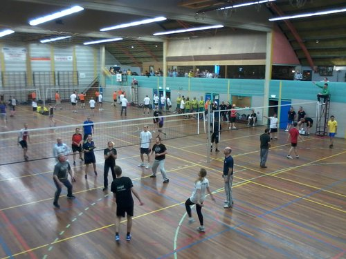 sporthal 2015-04-22 19.21.59.jpg